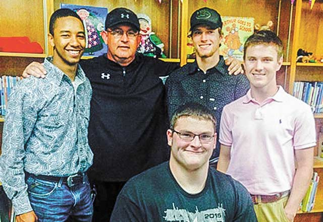 Woodville Board recognizes athletes