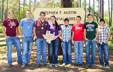 Warren FFA Forestry team takes 2nd overall in State