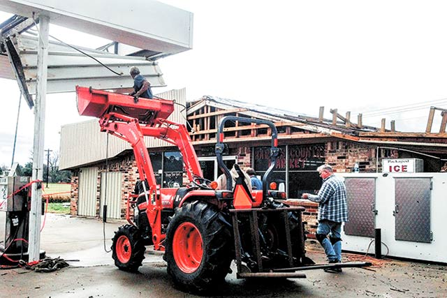 Harris' Country Market severely damaged by tornado