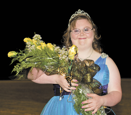 Dusty Sturrock named 2012 Woodville Homecoming Queen