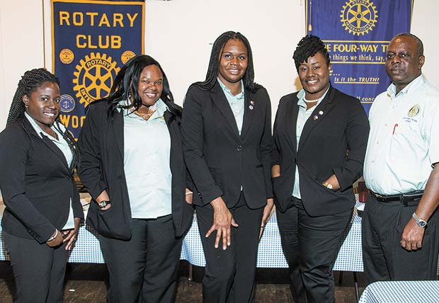 Woodville Rotary hosts visiting group