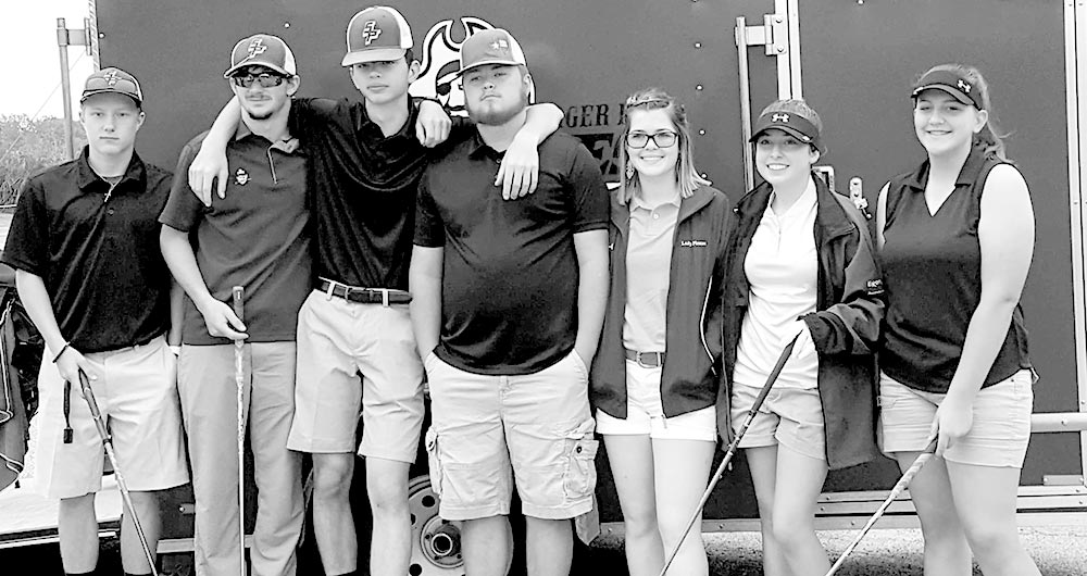 Spurger golf tees off for Regional meet